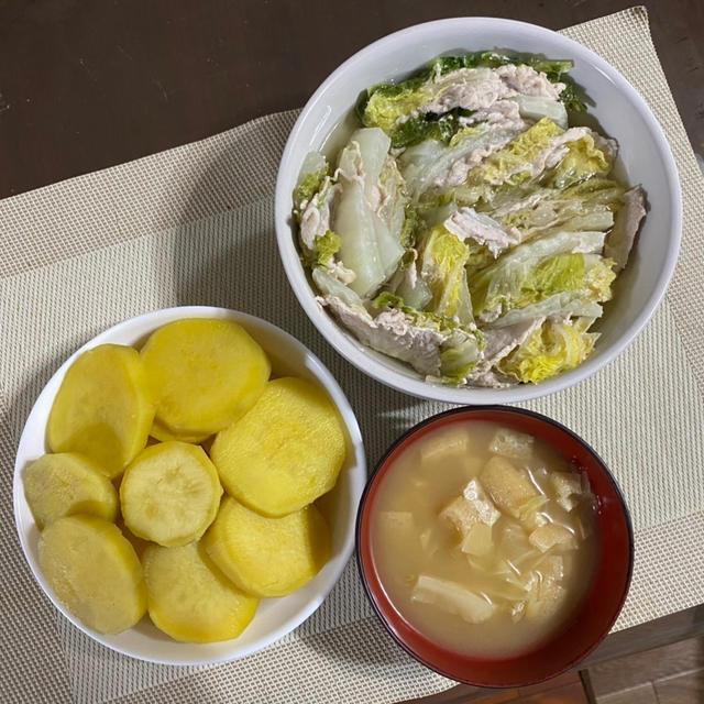 豚肉と白菜のミルフィーユ煮♪ さつま芋♪