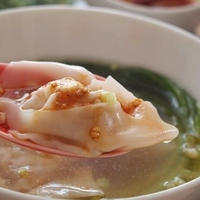 ピリ辛&クリーミー♪ ワンタンスープ
