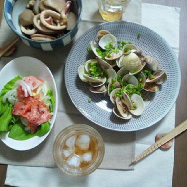 蛤の酒蒸しと里芋とイカの煮物