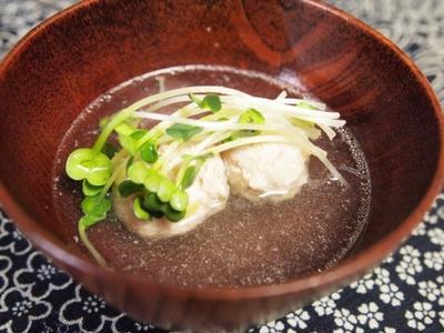 >『汁物 - とりの肉団子のおすまし』 70kcal - 一汁三菜レシピ by Japanese Kitchen by 料理研究家/栄養士 Yukiさん