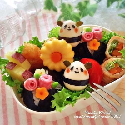 レシピ付き*お花デコおにぎりとうずらパンダちゃん*キャラ弁