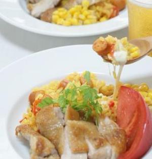 チョリソーとモッツァレラチーズのカレー風味炊き込みご飯