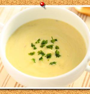 ミキサー不要!さつまいもと豆乳のポタージュスープ