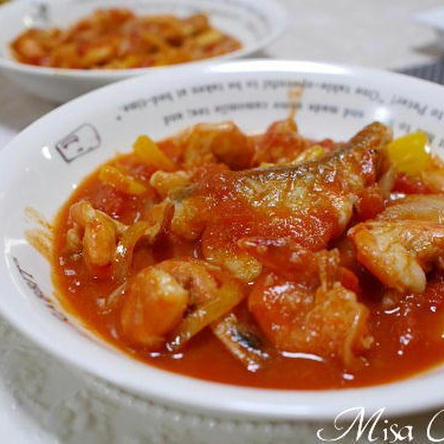 海老と鱈のトマト煮