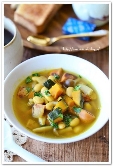 大豆とかぼちゃの食べるカレースープ【食べる野菜パワースープレシピ】