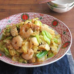 手軽にうまみアップ♪シーフードミックスのおすすめ炒め物レシピ
