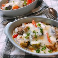 フライパンひとつで簡単!サバ缶と野菜のチーズ焼き