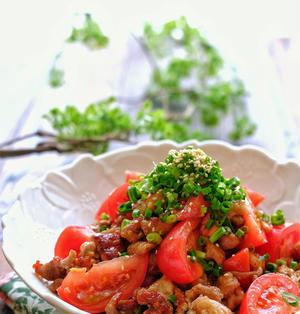 カリッと豚こまとトマトの中華風マリネ