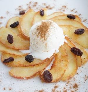 パンケーキ風焼きりんご