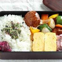 黒酢肉団子と玉子焼き〜食べざかり男子のお弁当