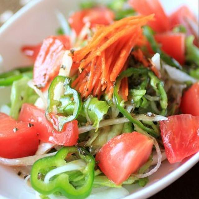 バルサミコドレッシングのサラダ
