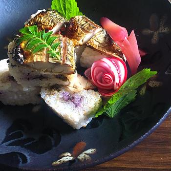 1年越しの焼き鯖棒寿司。