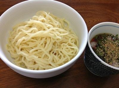 今朝の麺は「和風ざるラーメン」