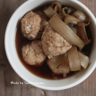 ボリューム満点 鶏団子とごぼうのスープ