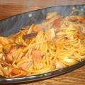 ベーコンとキャベツのトマトパスタ