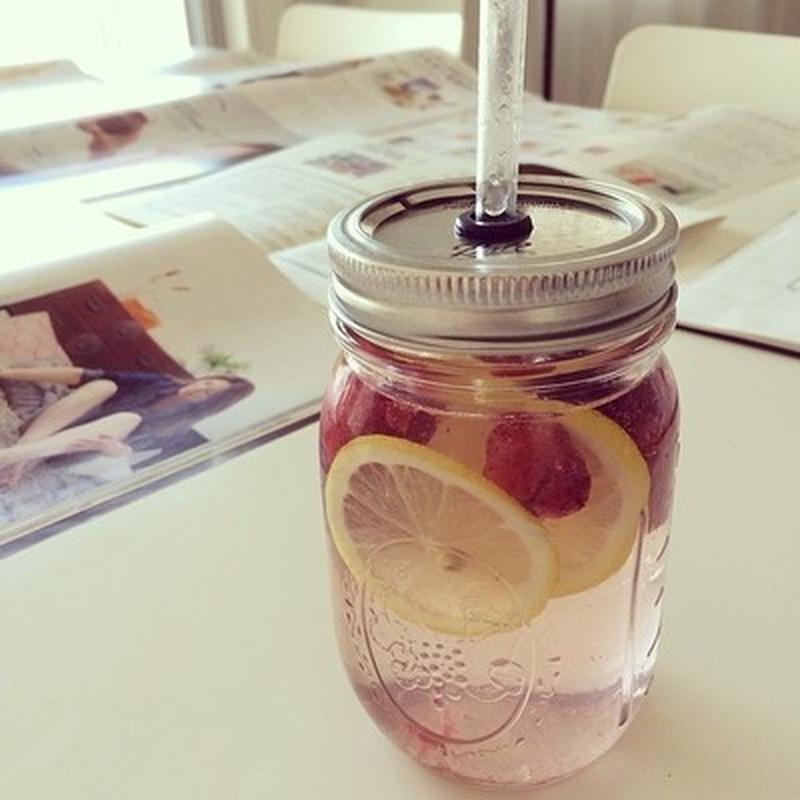 【レモンxラズベリー】<br>冷凍ベリーを使うと美しい色が溶け出てきます。<br><br>↓詳細はこ...