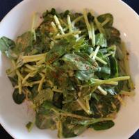 ★そらまめ豆苗の韓国風サラダ。