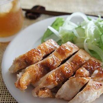 鶏胸肉のアジアン生姜焼き/トンネル~