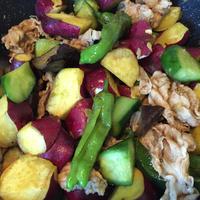 秋野菜と豚肉のホットサラダ