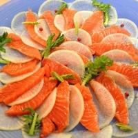 クリスマスに☆サーモンのカルパッチョ風サラダ