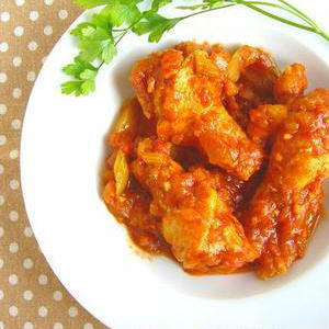 じっくり煮込んで絶品に♪安ウマ~な鶏手羽元の煮物