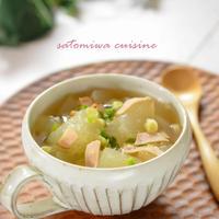 お出汁で美味しく仕上げる!冬瓜とハムのネギ入りスープ