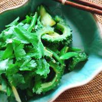 キレイをつくる食卓〜緑の夏野菜のアジアン炒め(ハウスのスパイスでお料理上手♪)〜