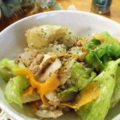 新玉ねぎとひき肉とレタスの甘辛バジル炒め