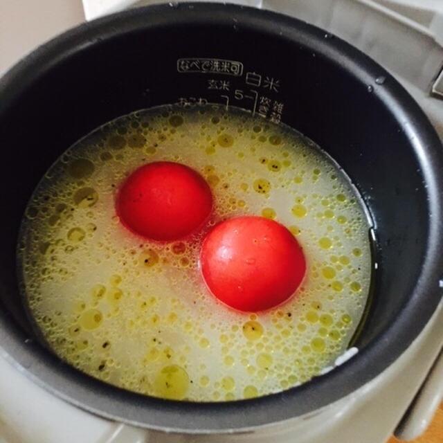 炊飯器で簡単♪丸ごとトマトごはん!