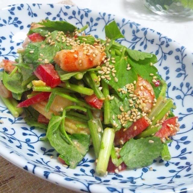 焼き海老と芹のピリ辛ごまサラダ