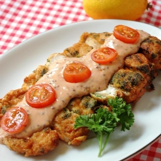 鶏胸肉で大きなピカタとうまうまソース