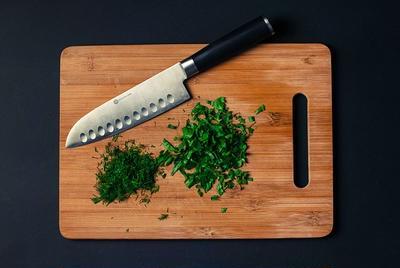 料理のグレードが1段上がる! パセリの上手な保存方法とは