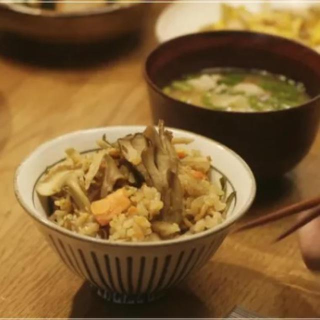 きのう何食べた?*鮭とごぼうの炊き込みご飯