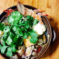 エスニックな海鮮鍋