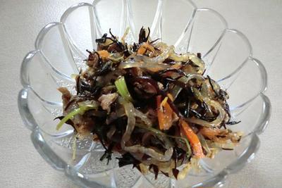 自家製鶏ガラスープで作る ひじきの煮物