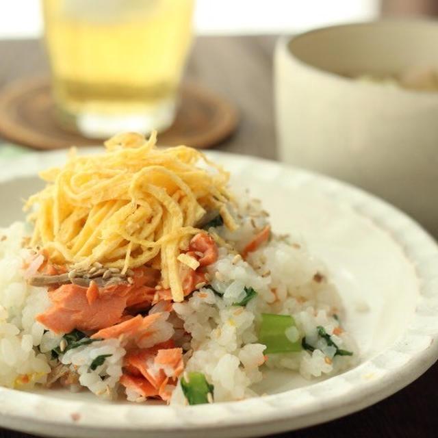 朝カフェ☆焼き鮭と小松菜のホット混ぜ込み寿司(レシピ)