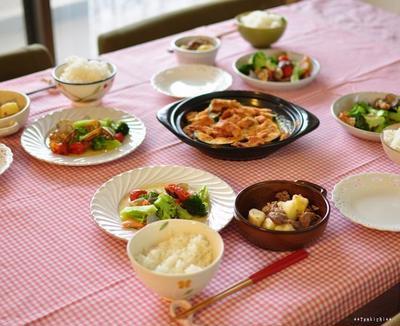 お手軽アクアパッツァ風とカボチャとベーコンの器焼き、牛肉とジャガイモの塩バター