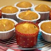 バニラ&ラムレーズンのケーキ