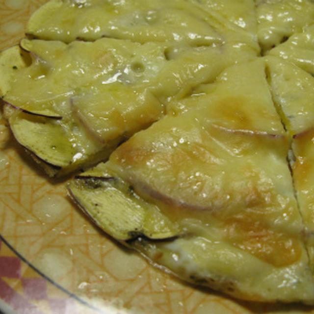 おさつチーズピッザ(レシピ)