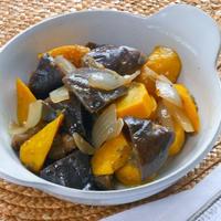 簡単&作り置きおつまみ!米ナスとズッキーニのオイル煮ローズマリー風味。