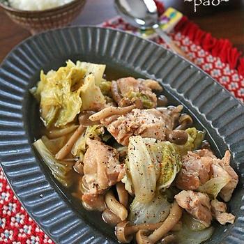 炊飯器に入れるだけ♪白菜から出る水分で煮込む♪うま味凝縮白菜と鶏肉の蒸し煮