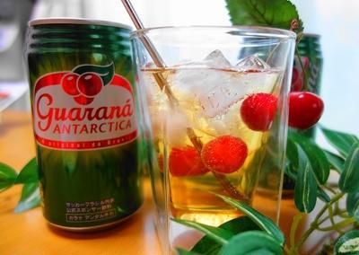 『ガラナ・アンタルチカ』カクテルレシピ♪赤い果実