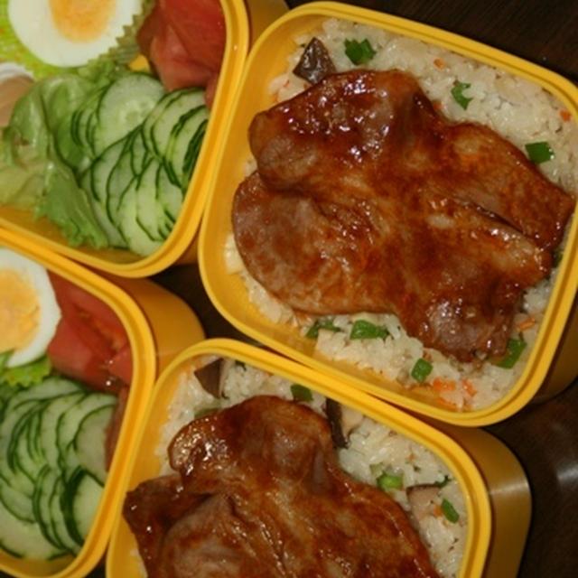 8月5日  2つの炒飯焼き肉弁当