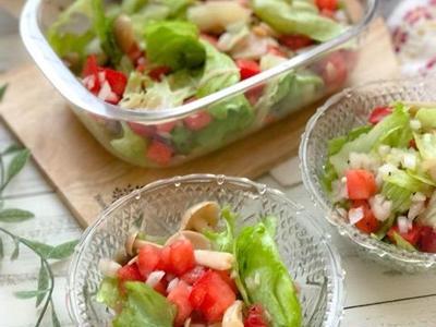 >【レシピ】ドレッシングなしで激うま、新玉ねぎとトマトのレタスサラダ by のんすけさん