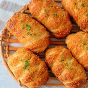 レシピブログさんの連載は『揚げないサクサクウィンナーパン』