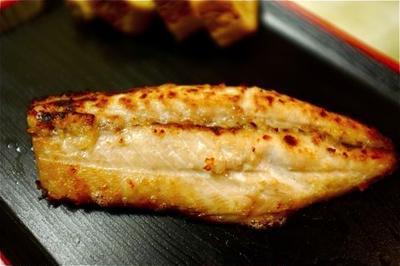 塩麹漬けの焼き鯖。