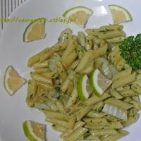 白菜とアンチョビのジェノベーゼ☆青いレモン添え♪