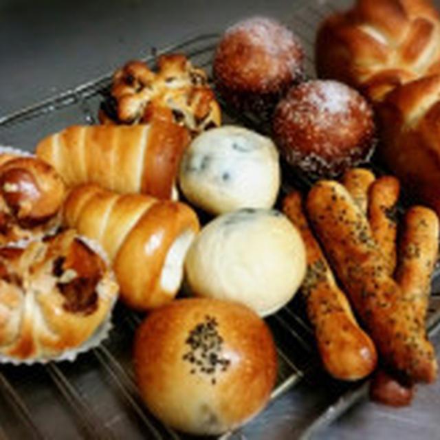6月菓子パン生地アレンジレッスン空き(お申込みいただきました)、7月のパン教室