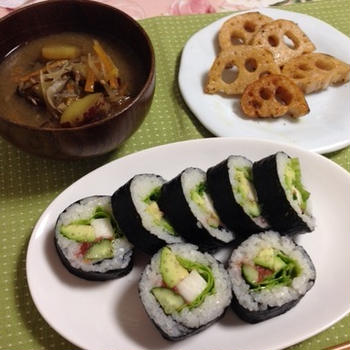 アボカド巻き寿司と蓮根ソテー