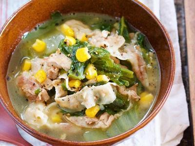 >バターでコクうま♪『豚バラ白菜の味噌バタコーンスープ』 by Yuuさん